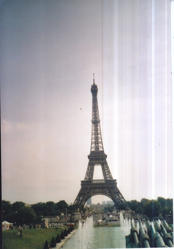 Eiffel tower.jpg