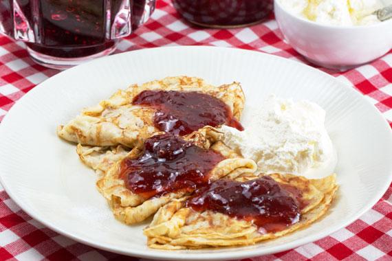 Pancakes-jam-570-1363.jpg
