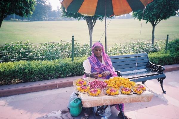 Flower seller.JPG