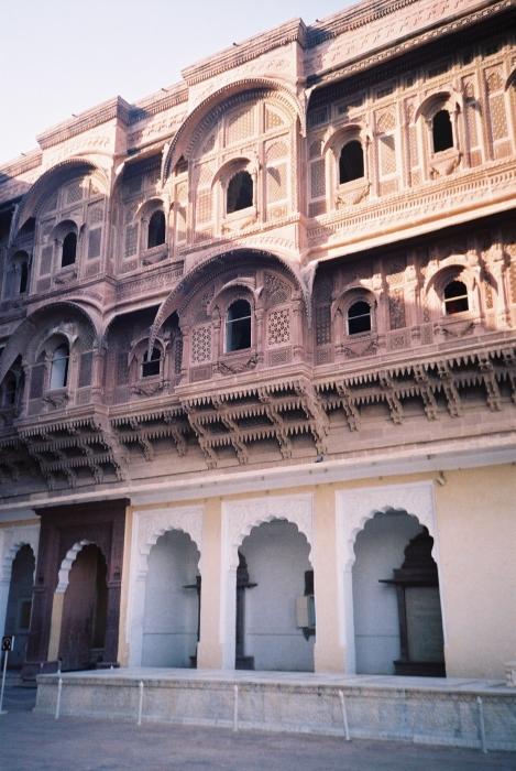 Mehaangarh fort Women's section.JPG