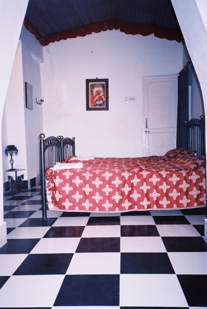 Room at Mandore Guesthouse.JPG